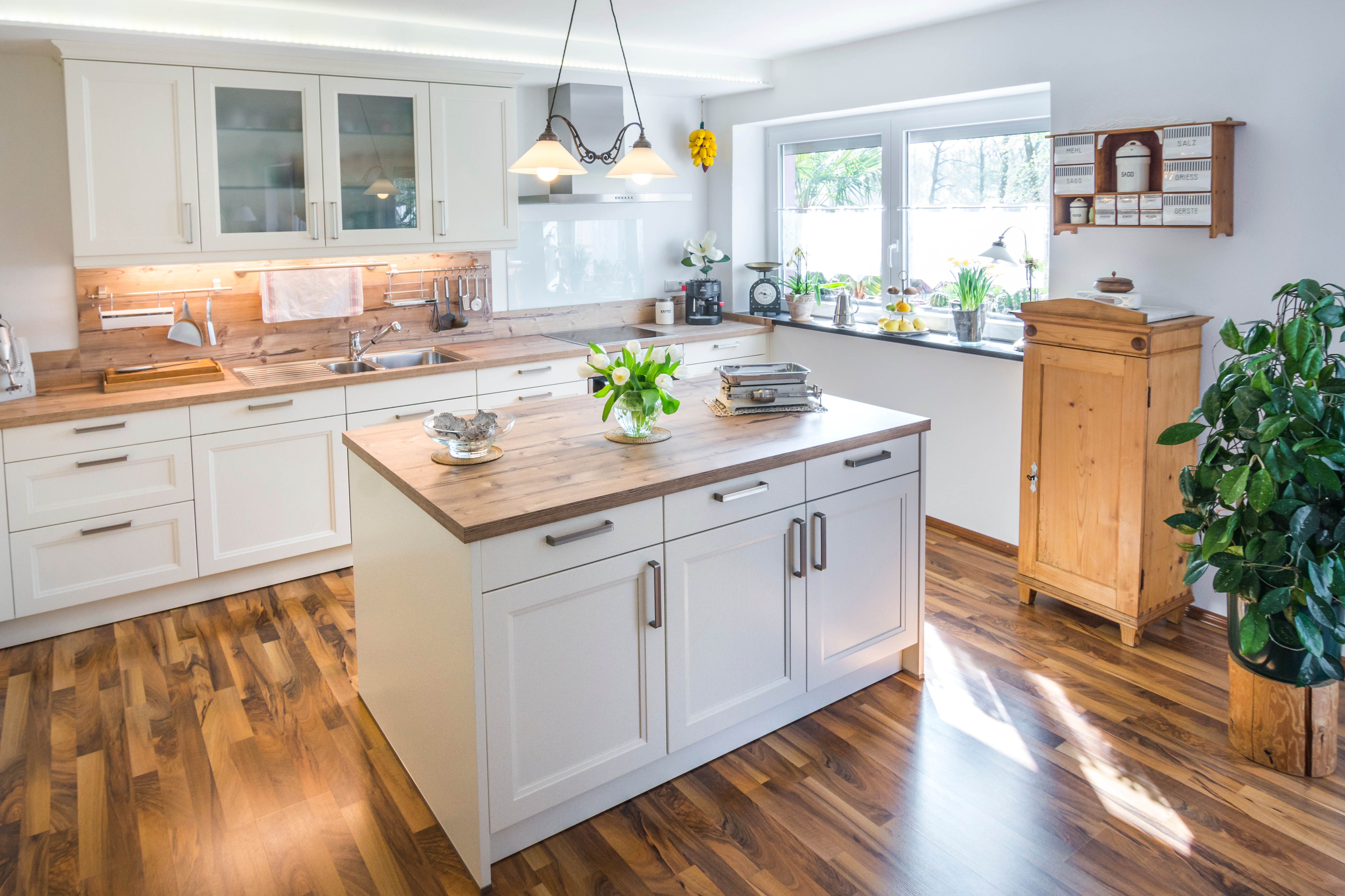 - 3 Ways To Complement A Butcher Block Countertop In Your Kitchen